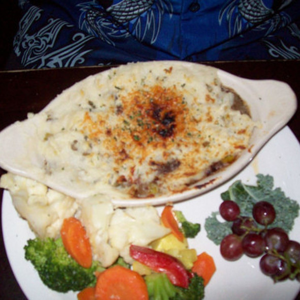 Jenkinstown Cottage Pie @ Kilkennys Irish Pub & Eatery