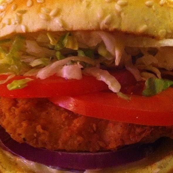 Crispy Chicken Sandwich @ Red Robin Gourmet Burgers