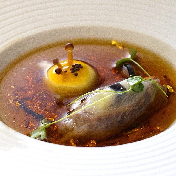 "Mock Turtle Soup, ""Mad Hatter Tea"" @ The Fat Duck"
