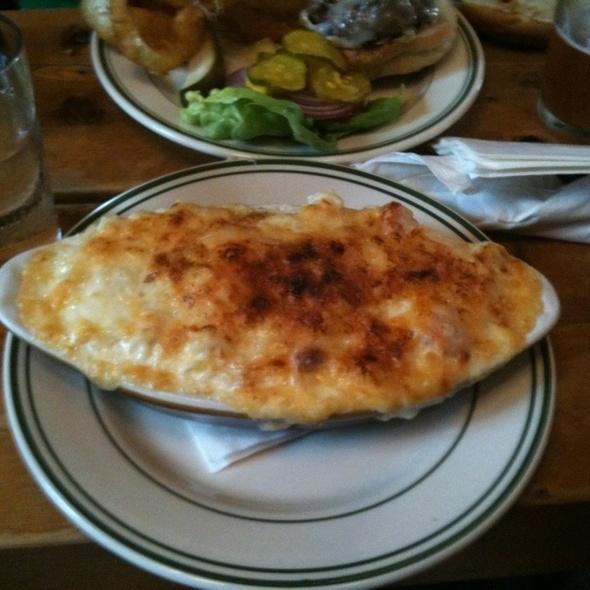 mac n cheese @ Dumont Burger
