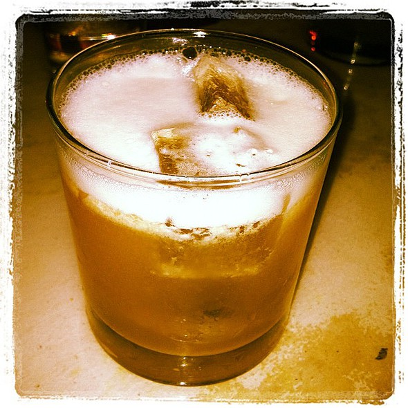 cumin my cocktail... and no, i'm not being dirty: scotch whiskey, fresh lemon juice, cumin infused agave, egg whites and angostura bitters  #mixology @ The Wayland