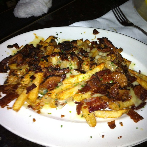 Fries With Cheddar And Applewood Smoked Bacon @ The Capital Grille