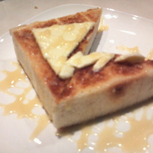 Brick Toast With Condensed Milk  @ Cha Chan Tang
