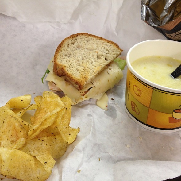 Gluten Free Sassano, Potato Leek Soup, Dirty Salt And Pepper Chips @ Pandolfi's Deli