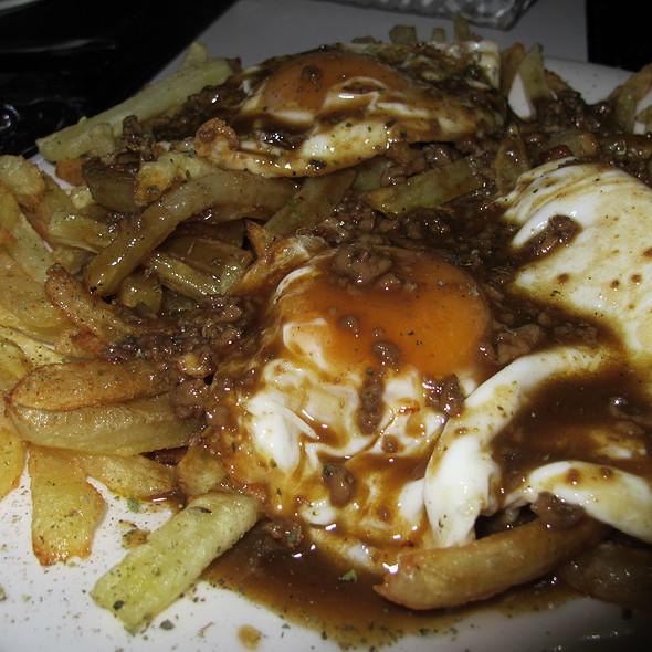 Huevos Rotos con Foie al Pedro Ximenez @ Mamá Gus