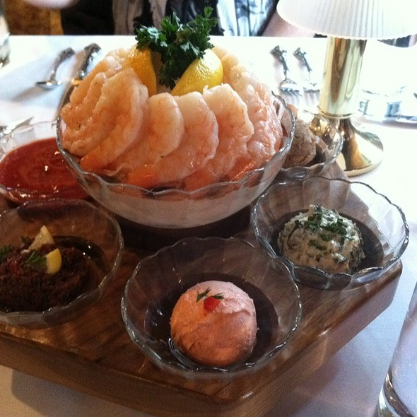 Hors D'oeuvre Lazy Susan  - Afternoon Tea at the Briarwood Inn, Golden, CO
