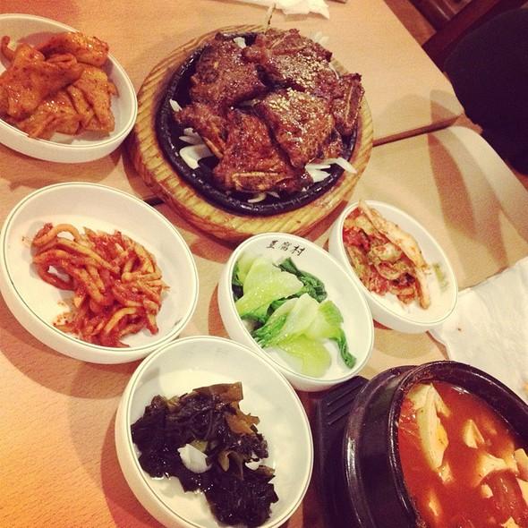Korean BBQ Beef Short Ribs @ Tofu Village
