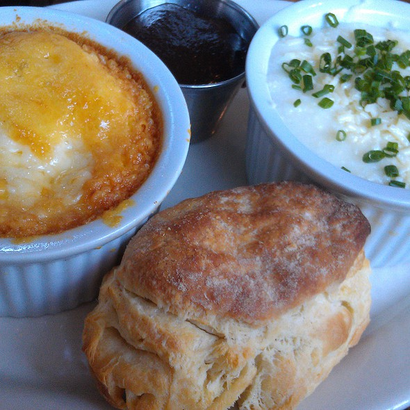 Baked Cheddar Eggs /Raisin Fennel Toast/GRITS/APPLE BUTTER @ Roebling Tea Room