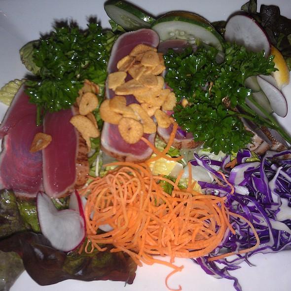 Ahi Tuna Salad @ Yakiniku West