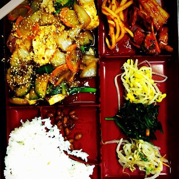 Tofu Lunch Box @ Mama Kim's Express Korean & Hibachi
