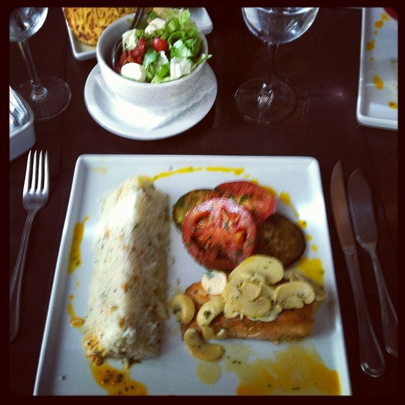 Grilled Salmon Fish @ Cabaña del Primo