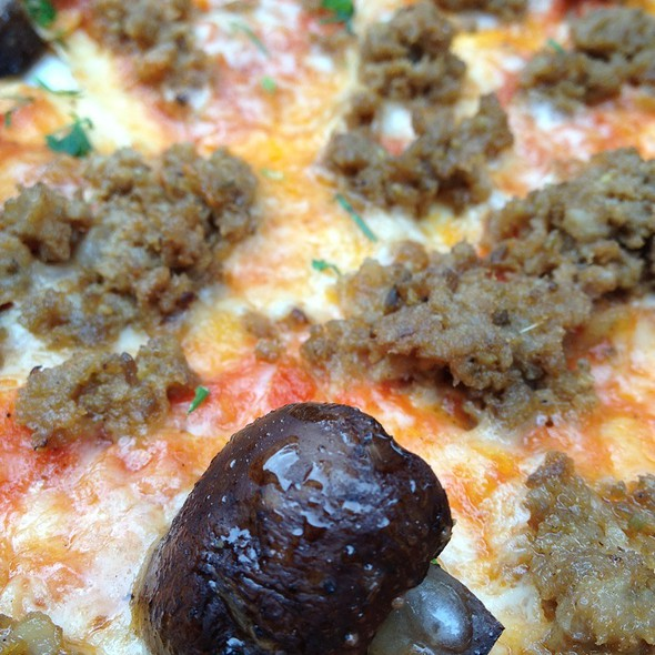 Sausage And Cremini Pizza @ NoRTH