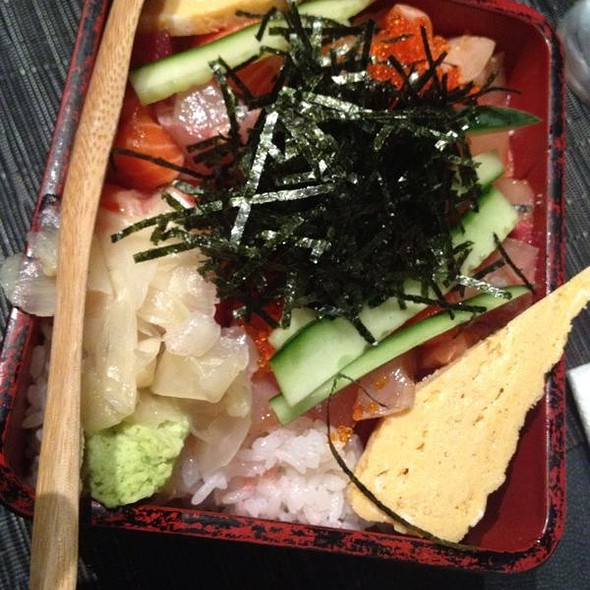 CHIRASHI Sushi for 2 People @ Jurin Japanese Restaurant