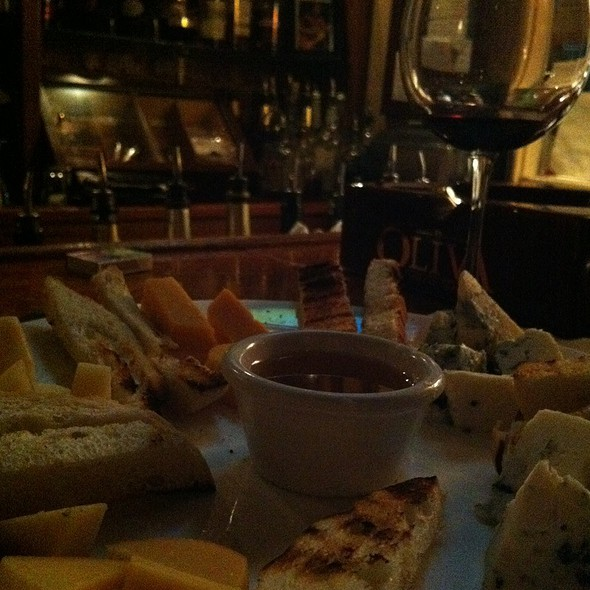 Cheese Plate @ The Downtown Grill