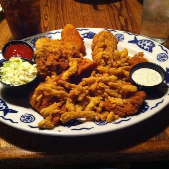 Captian's Platter @ Riverfront Seafood Co