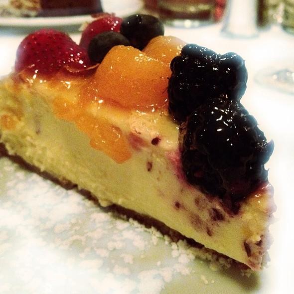 Fresh Fruit Cheesecake - Mildreds Big City Food, Gainesville, FL