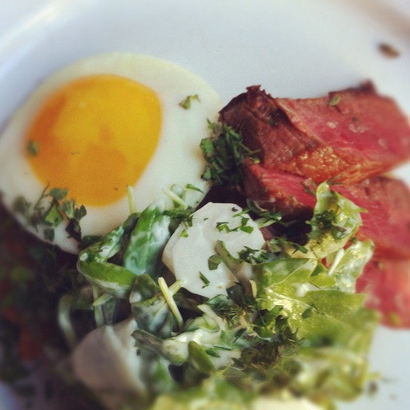 Steak & Eggs @ Edi & The Wolf