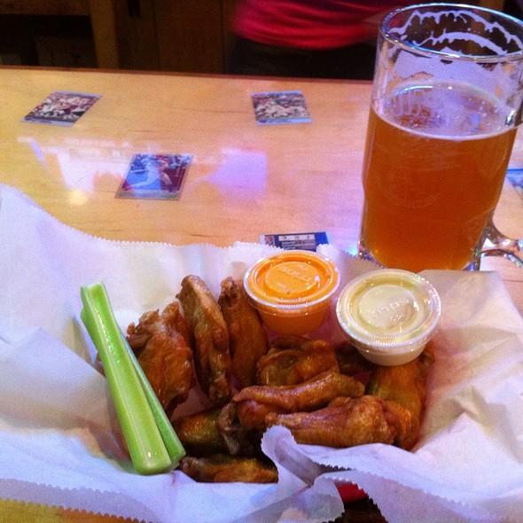 Chicken Wings @ Wings Etc. South Bend