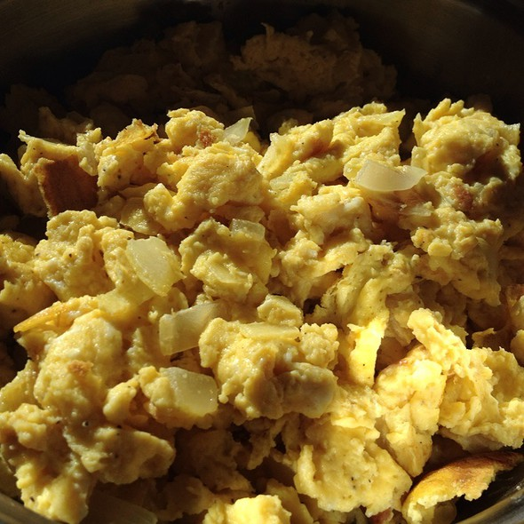 Scrambled Eggs With Onions  @ Home