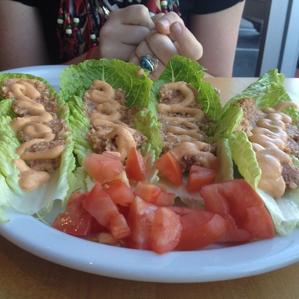 Live Lettuce Tacos @ Source