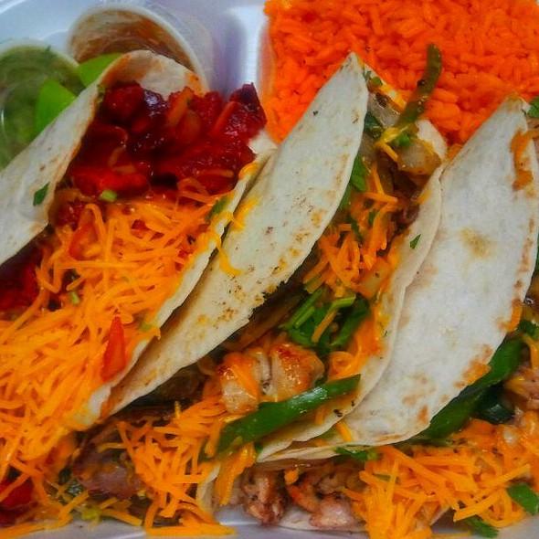 Mariachi Tacos @ Sandy's Cafe