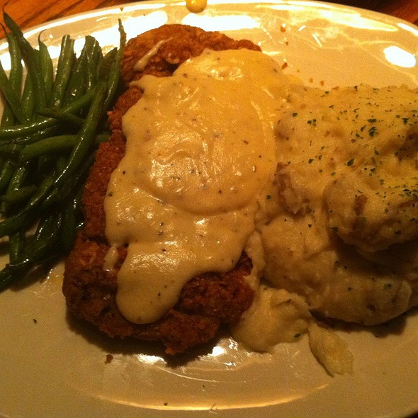 Chicken Fried Steak and Green Beans @ Outback Steakhouse - Lewisville