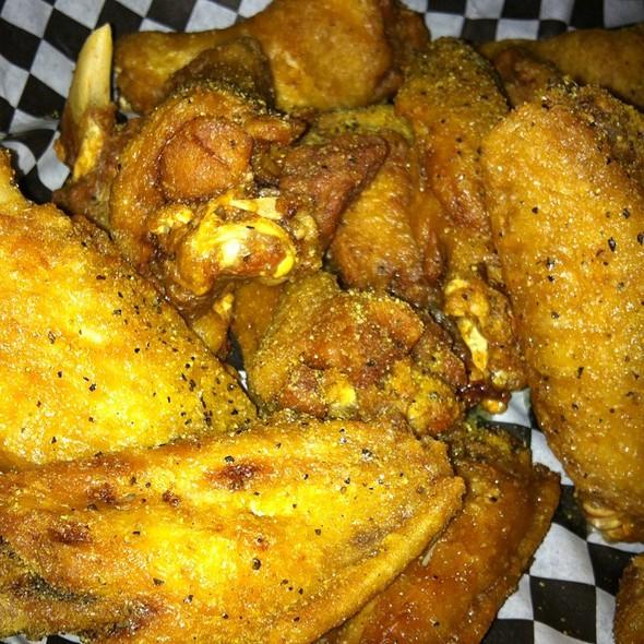 Lemon Pepper Wings - Hudson Grille - Sandy Springs, Sandy Springs, GA
