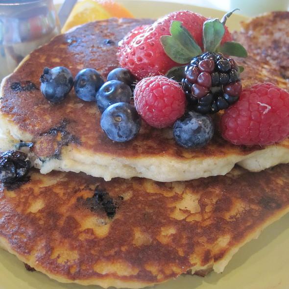 Vegan Pancakes @ Vitality House