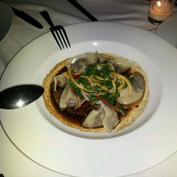 Spicy Beef and Scallion Dumplings @ China Grill