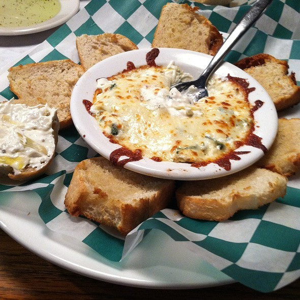 Spinach And Artichoke Dip @ Sweet Basil