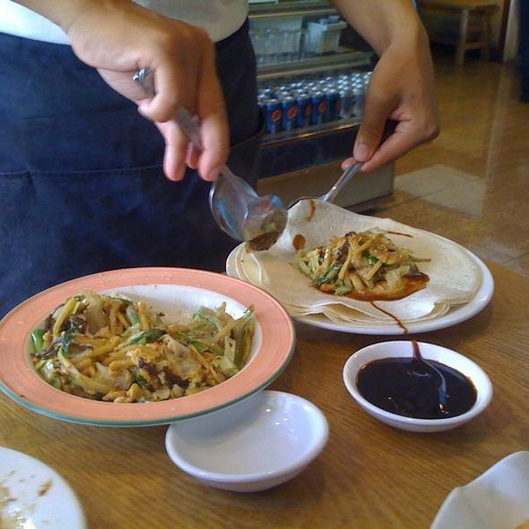 Mu Shu Chicken Rolls @ Little Village Noodle House