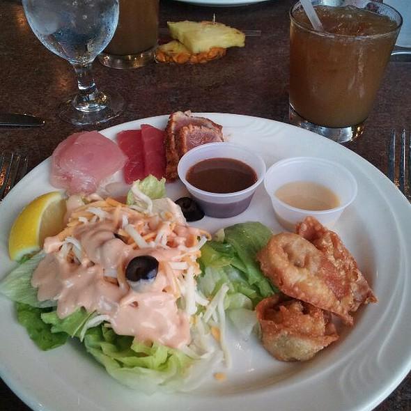 Seafood And Beef Buffet  - Island Breeze Luau at the King Kamehameha Hotel, Kailua-Kona, HI