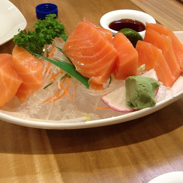 Fresh Salmon Sashimi @ Kenji Tei Ramen House