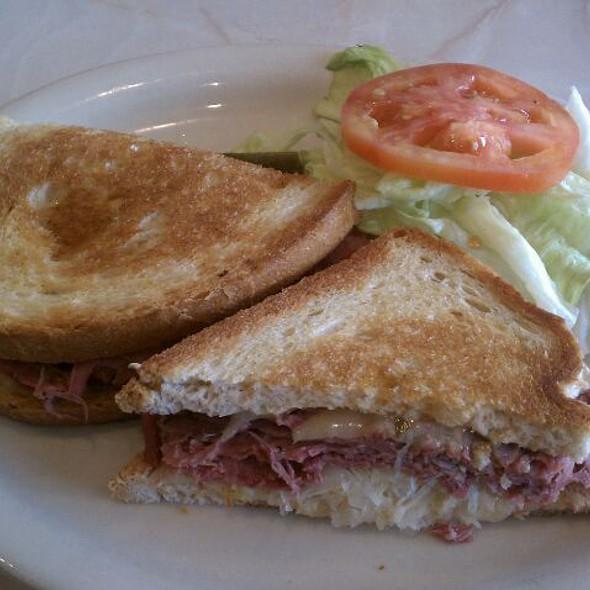 Reuben Sandwich @ Capitol Cafe