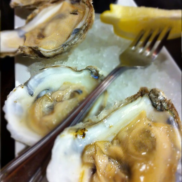 Oysters @ The Pub at Wegmans