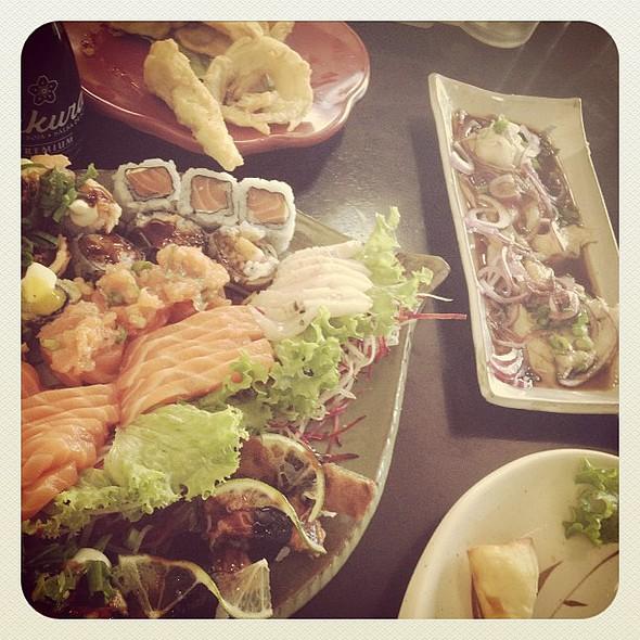 ie #yummy #  #hungry #gluttony porn #succulent photo sgram _pics #instafood #lovefood #delish #miam #nomnom #instamood #instagood #igersmania #igersmanila #igdaily #webstagram #ignation #igersbrasil #igers #instagramers #iphoneonly #iphonesia #japonesefoo @ Koto Sushi