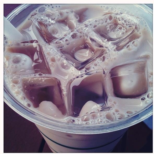 Iced Venti Chai Latte