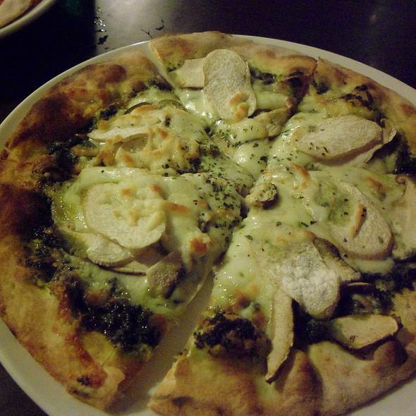 綠光森林披薩 @ 龍眼樹 柴燒手工窯烤披薩