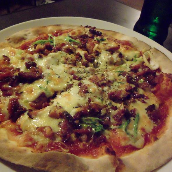 迷迭鴨香披薩