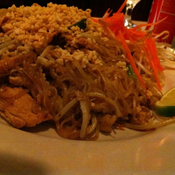 Chicken Pad Thai @ Thai Passion