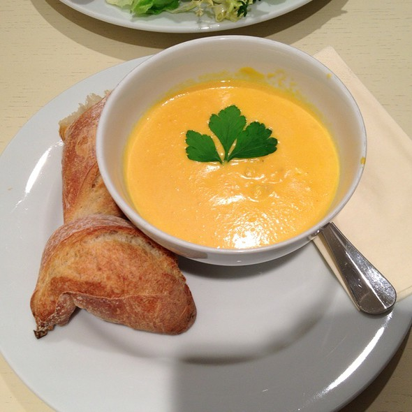 Potato-Carrot-Ginger-Soup @ Grand Epi