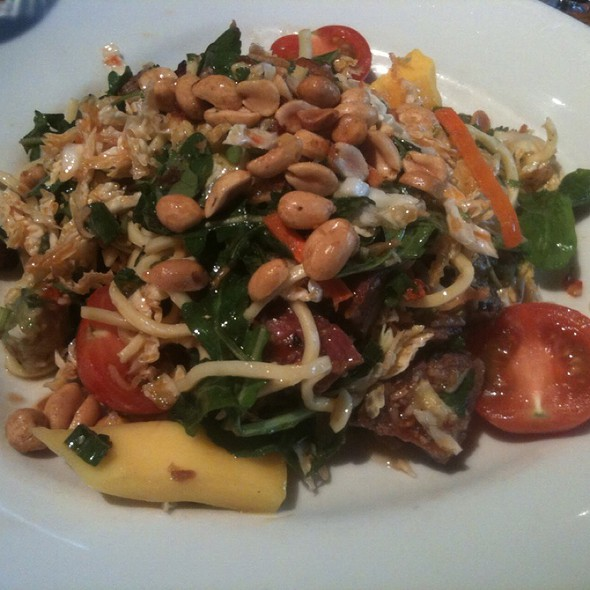 Thai Steak And Noodle Salad @ Hillstone