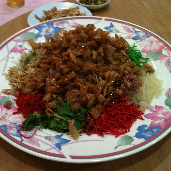 Yee Sang @ Green View