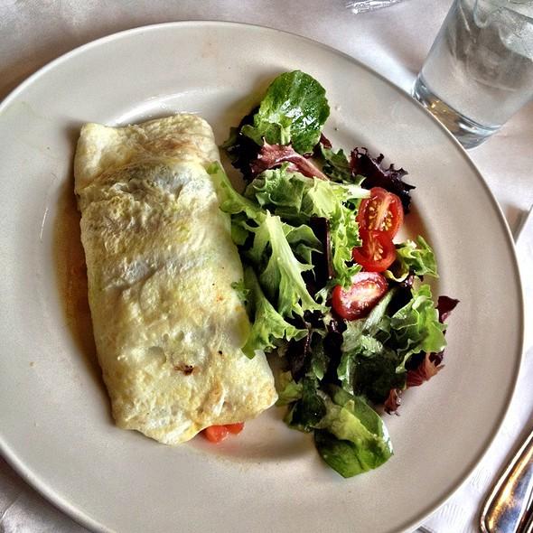 egg white omelette @ Cafe Deluxe