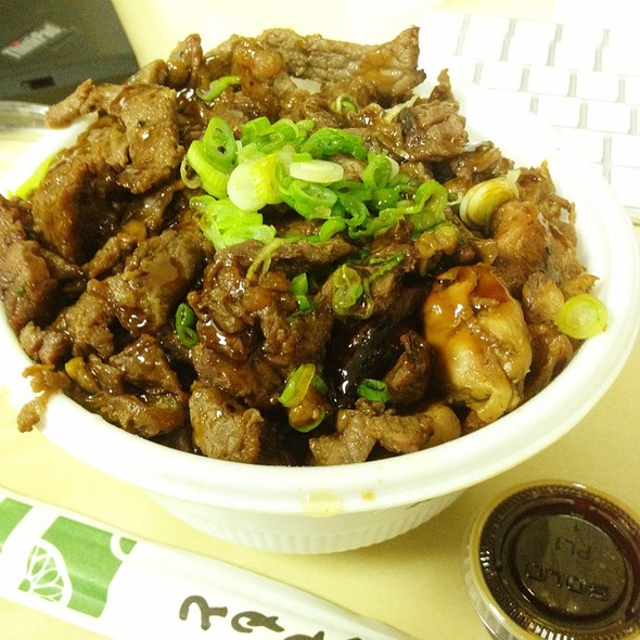 Beef and Chicken Combo Bowl @ Flame Broiler