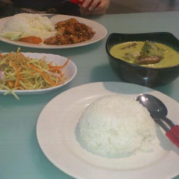 Thai Food @ Bukit Merah Market And Food Centre