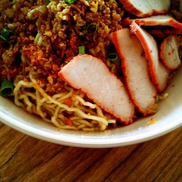 Sarawak Kolo Mee @ Restoran Hock Thai
