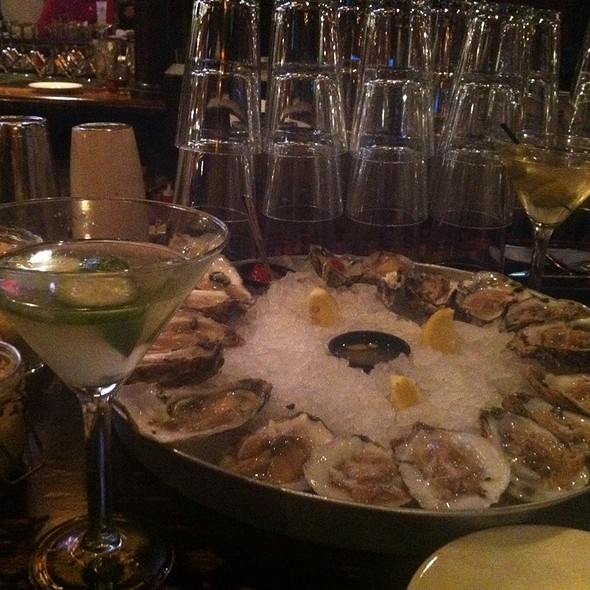 Oysters! @ Doc Magrogan's Oyster House
