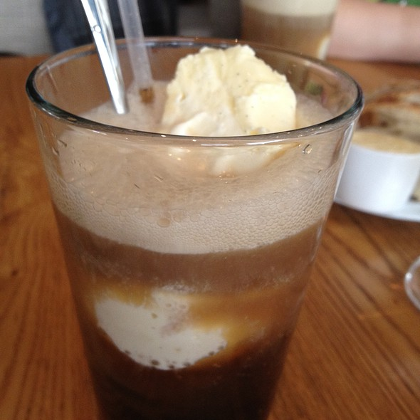 Root Beer Float @ Ella Dining Room & Bar
