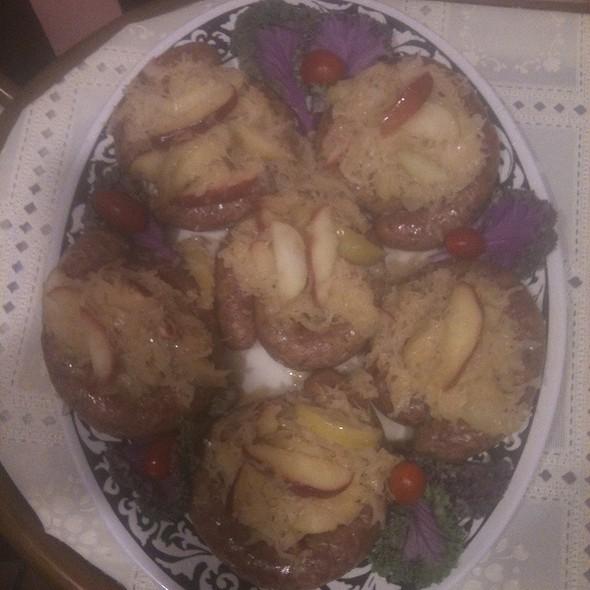 Polish Kielbasa W/Sweet N Sour Apple Kraut @ Annie's Vintage Gourmet Market